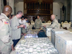 irak419-iraq-money