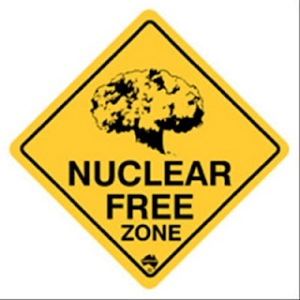 http://blikk.files.wordpress.com/2012/09/nuclearfreezone.jpg?w=300